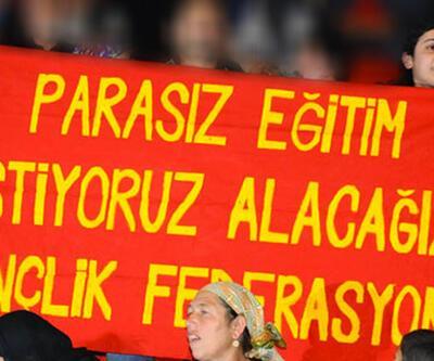 """Saldırganlardan biri Erdoğan konuşurken """"Parasız eğitim"""" pankartı açmıştı"""