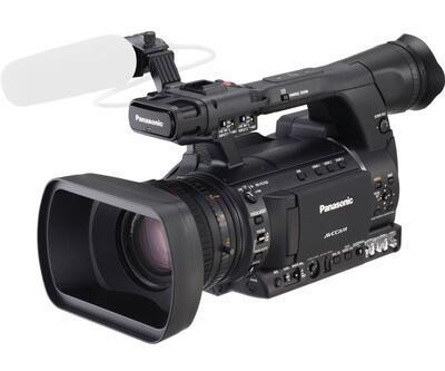 Panasonic'ten zengin özellikli avuç içi kamerası