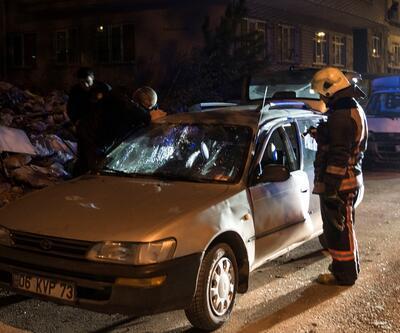 Otomobilin içinde çakmak gazı patladı: 4 yaralı