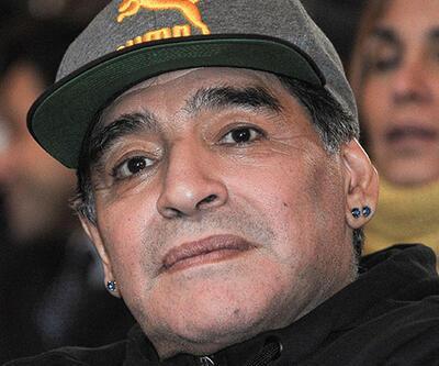 Diego Maradona FIFA'da göreve başladı