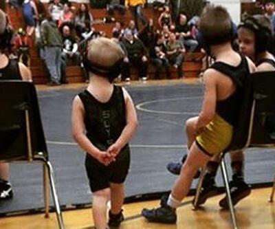 Dünyanın en tatlı güreşçilerinin maçı binlerce kez izlendi