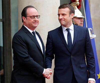 Macron görevi Hollande'dan aldı