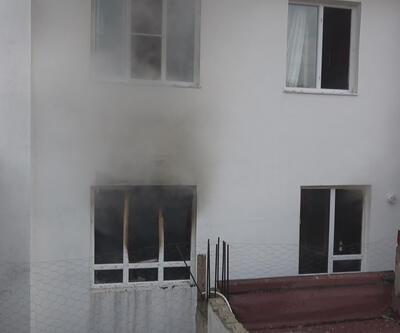 Ev sahibine kızdı evi yaktı