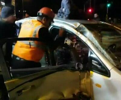Beton mikseriyle otomobil çarpıştı: 2 ölü