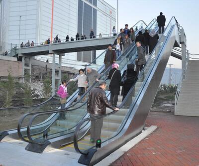 Mahallelerde asansörlü, yürüyen merdivenli ulaşım