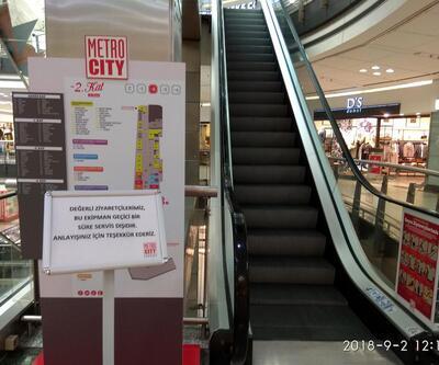 AVM'deki yürüyen merdivenleri söktüler
