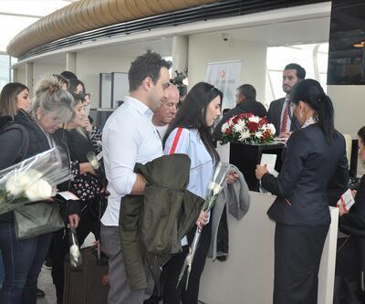 İstanbul Havalimanı'ndan Azerbaycan'a ilk uçuşunu yapan uçak Bakü'ye ulaştı
