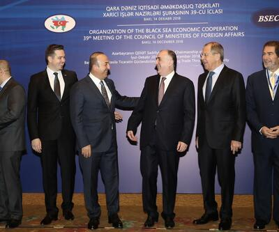 Çavuşoğlu, Lavrov ve Aliyev ile Bakü'de bir araya geldi