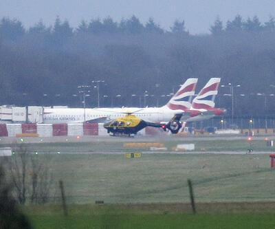 Londra'da drone krizi... 246 uçuş iptal edildi