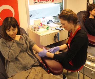 Demirören Medya çalışanlarından Kızılay'a 'kök hücre ve kan bağışı'