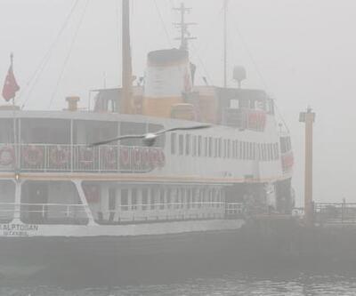 İstanbul'da yoğun sis ulaşımı olumsuz etkiliyor