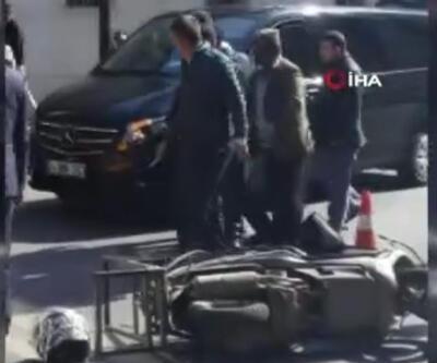Şişli'de taksi şoförü önce motosiklete çarptı, ardından bıçakla sürücünün üzerine yürüdü