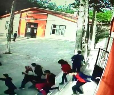 Acıpayam'daki depremde öğrencilerin korku anları kamerada