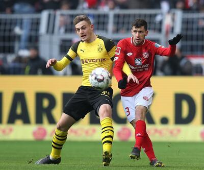 Borussia Dortmund 2 golle kazandı