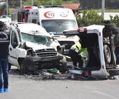 İzmir'de trafik kazası: 7 ölü, 1 yaralı