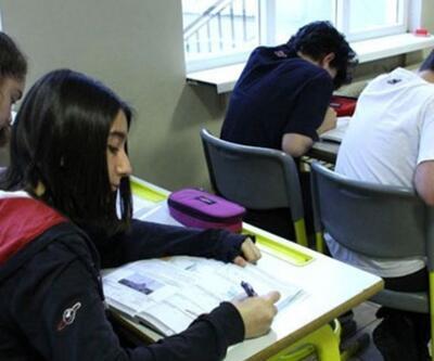Yeni eğitim sistemi: Liselerde ders sayıları ve zorunlu dersler değişti