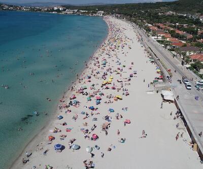 Sıcaktan bunalanlar plajlara koştu