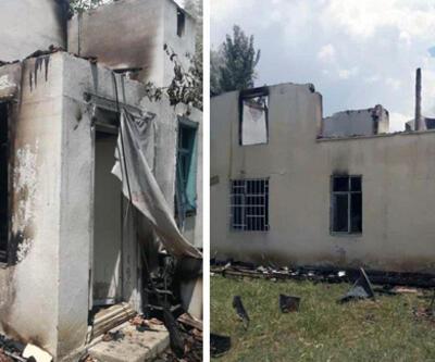 Çatısına yıldırım isabet eden ev yandı