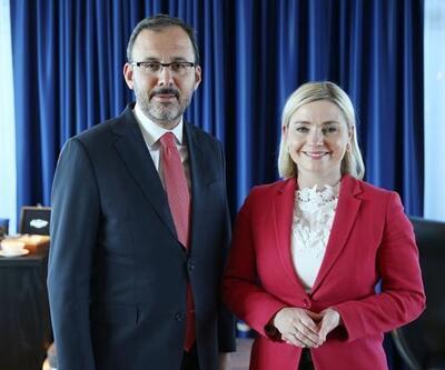 Bakan Kasapoğlu, İzlandalı spor bakanıyla bir araya geldi
