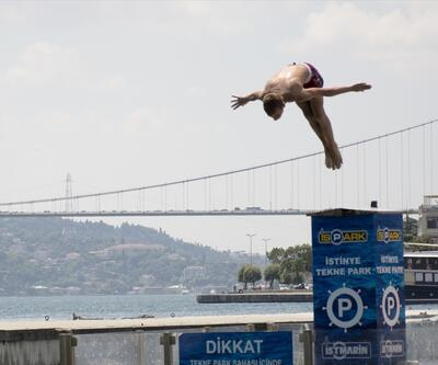 İstanbullular Boğaz'da serinledi