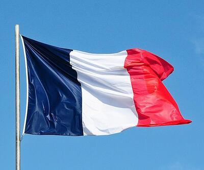Fransa'da internette nefret içerikli paylaşımlar 24 saatte kaldırılacak
