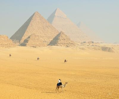 Kilometrelerce öteden bile görülüyordu: Piramitlerin binlerce yıllık gizemi çözüldü