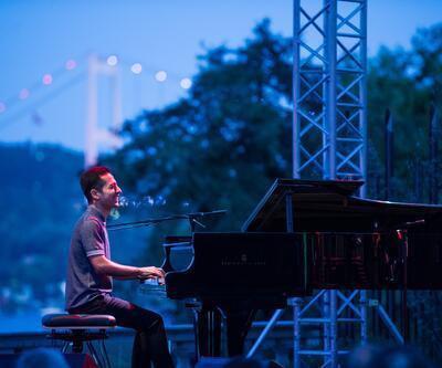 Halk müziğiyle cazı harmanlayan piyanist Shirinov İstanbul'daydı