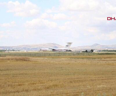 S-400'leri Ankara'ya getiren uçaktan ilk görüntüler