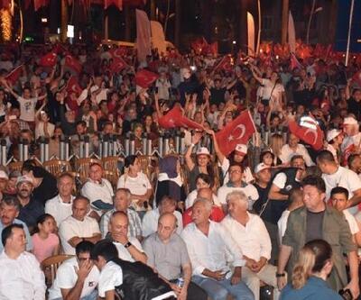 Marmaris'te Demokrasi ve Milli Birlik Meşalesi