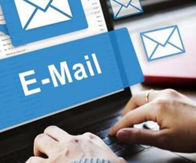 Microsoft'un Outlook uygulaması 'kararıyor'