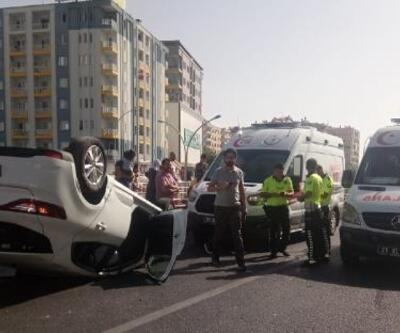 Diyarbakır'da otomobiller çarpıştı: 2'si çocuk, 5 yaralı
