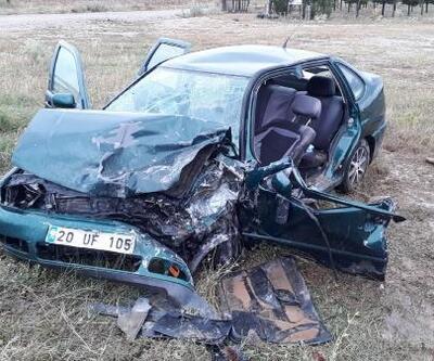 Otomobil ile minibüs çarpıştı: 4 yaralı