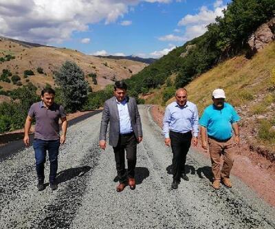 Zara'da köy yolları yenileniyor