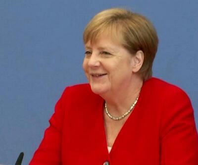 3 kez titreme nöbeti yaşamıştı... Merkel'den yeni açıklama