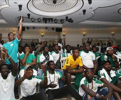 Senegal ve Cezayirliler final maçını İstanbul'da takip etti
