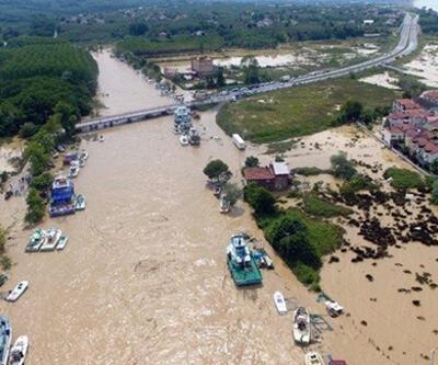 Düzce'de sel felaketi: Bir kişinin daha cansız bedenine ulaşıldı