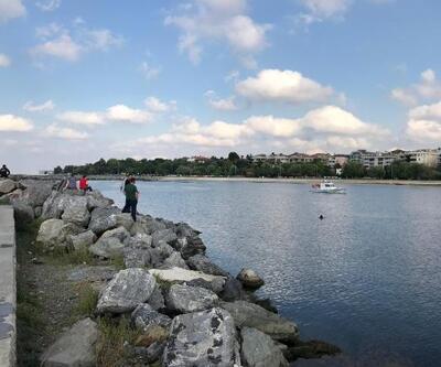 Yeşilköy'de denize girdikten sonra kaybolan genç aranıyor