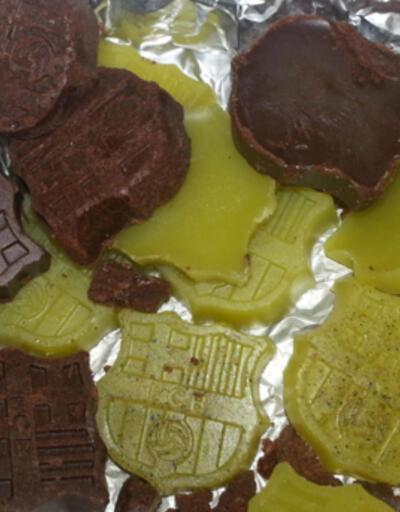 Barcelona amblemli kokainli çikolatalar yaparken yakalandı!