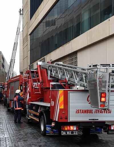 Son Dakika: İstanbul Levent'teki AVM'de yangın