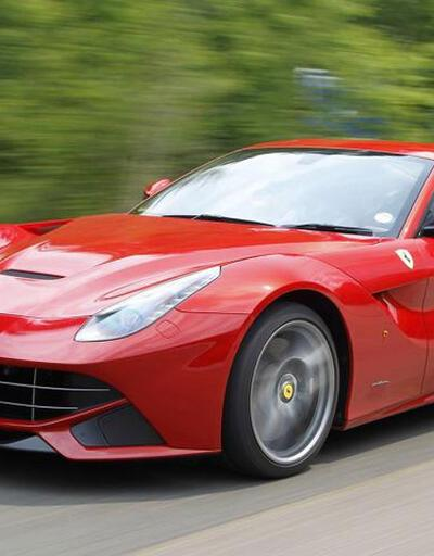 Ferrari F12 tanıtım filmi