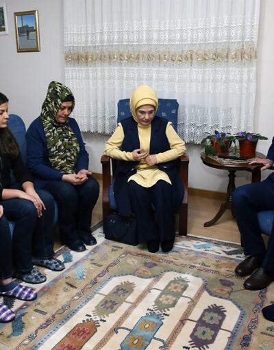 Cumhurbaşkanı Erdoğan, şehit polislerin ailelerini ziyaret etti