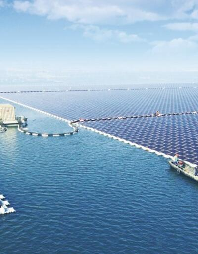 Dünyanın en büyük yüzer güneş santrali hizmete girdi