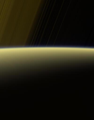 Emekli olan Cassini bugün Satürn'e çarpacak