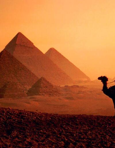 Piramitlerin nasıl yapıldığı gizemi 3 bin yıllık günlükle çözüldü