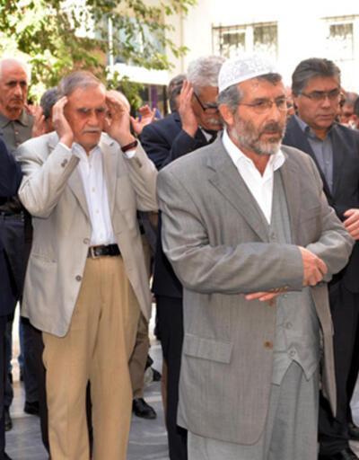 Diyarbakır'da, ölen peşmergeler için gıyabi cenaze namazı