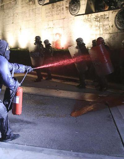 Atina'da 'tasarruf önlemleri' çatışması