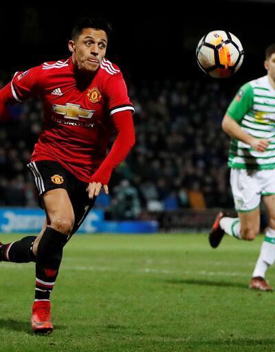 Alexis Sanchez Manchester United formasıyla ilk maçına çıktı