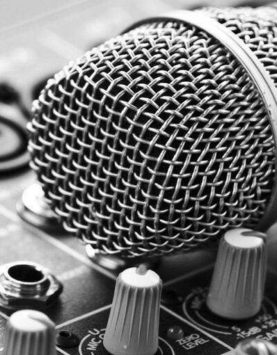23 radyo kapatıldı, gerekçe büyücülüğe destek vermek