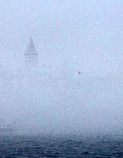 Sağanak ve sis İstanbul'da ulaşımı etkiledi