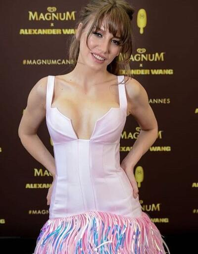 Serenay Sarıkaya Cannes Film Festivali'nde